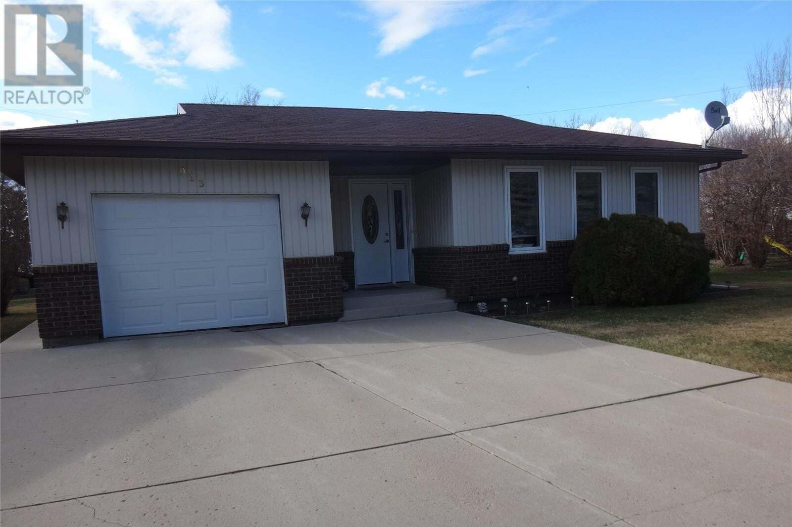 House for sale at 913 Portage Dr Wadena Saskatchewan - MLS: SK809511