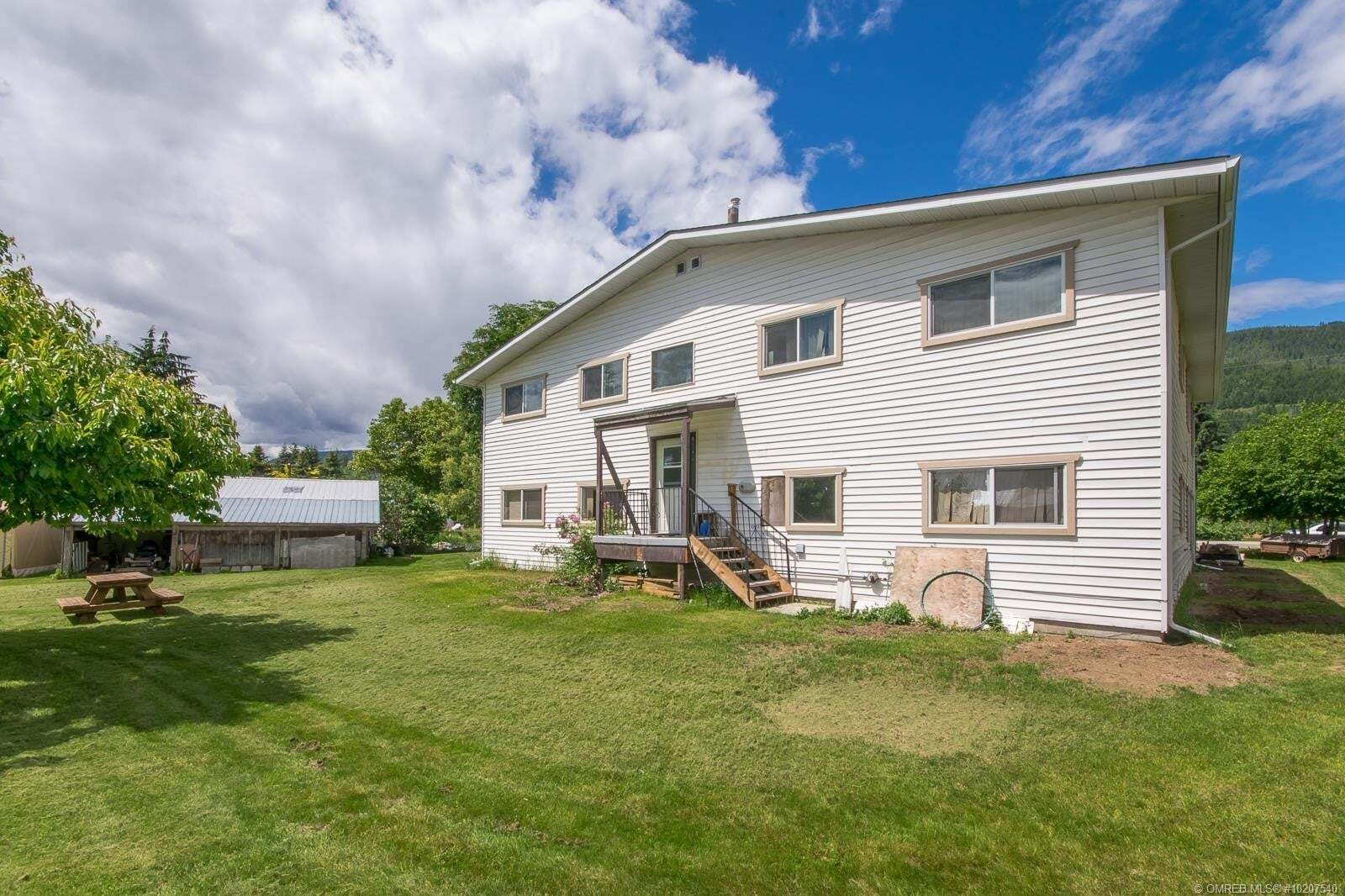 Townhouse for sale at 913 Rauma Cres Sicamous British Columbia - MLS: 10207540