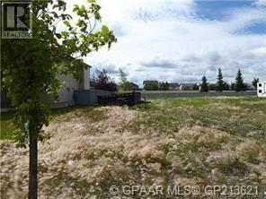 Home for sale at 9130 Lakeland Dr Grande Prairie Alberta - MLS: GP213621