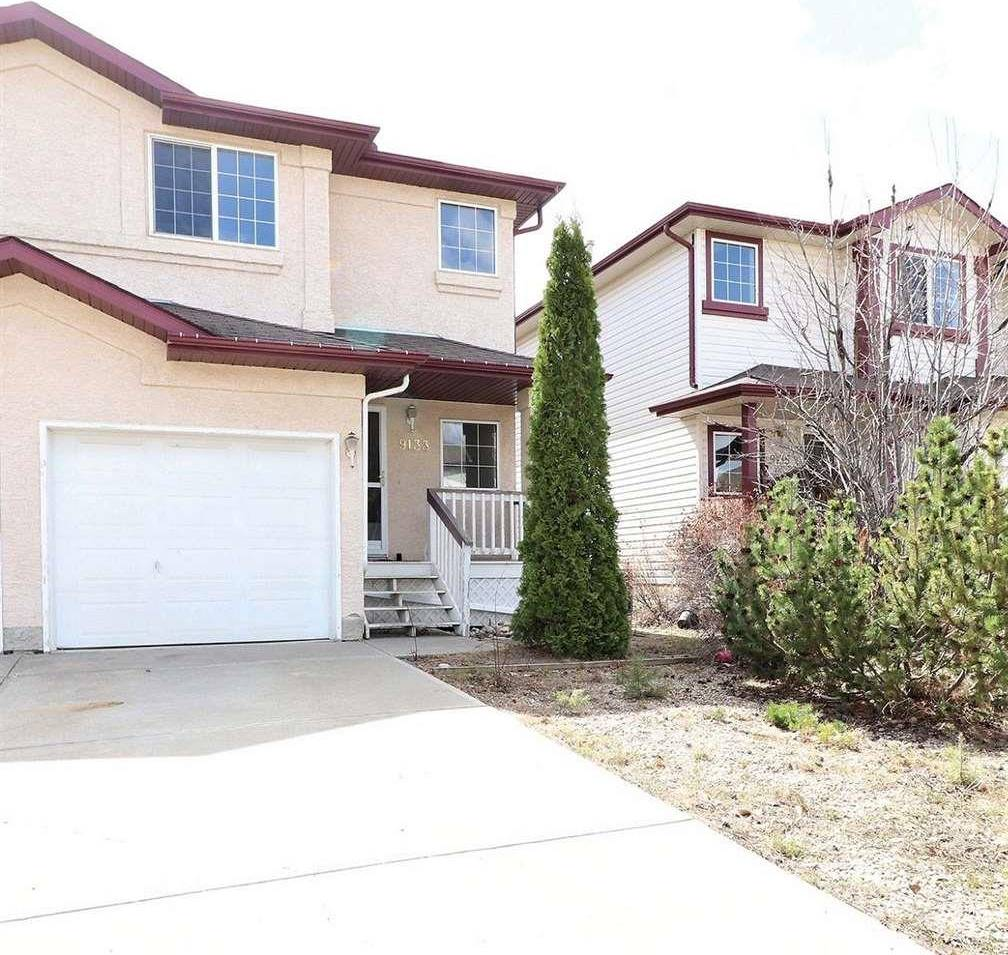 Townhouse for sale at 9133 165 Ave Nw Edmonton Alberta - MLS: E4190032
