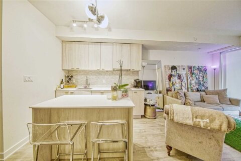 Condo for sale at 27 Bathurst St Unit 914 Toronto Ontario - MLS: C4974120