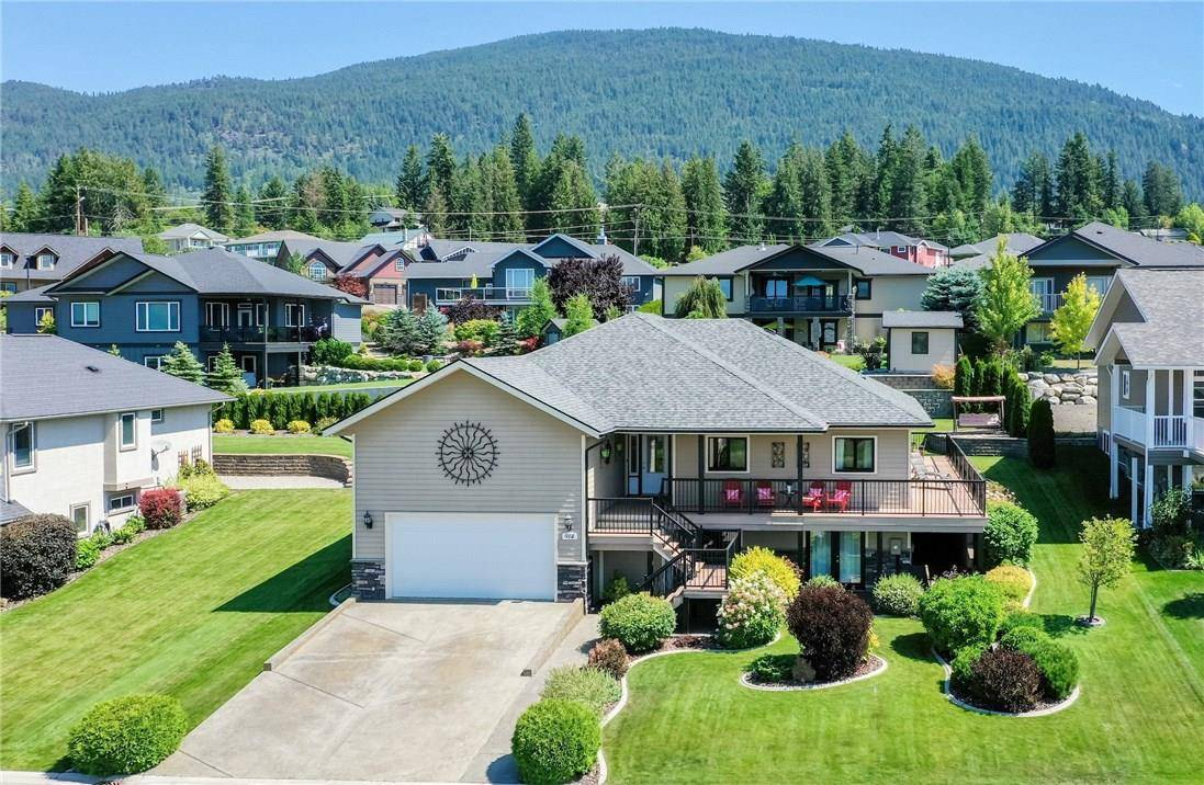 House for sale at 914 Selkirk Drive Dr Creston British Columbia - MLS: 2434970