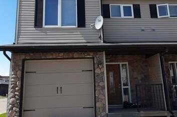 Townhouse for sale at 9149 Lakeland Dr Grande Prairie Alberta - MLS: A1002377