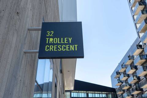 Apartment for rent at 32 Trolley Cres Unit 915 Toronto Ontario - MLS: C4483667