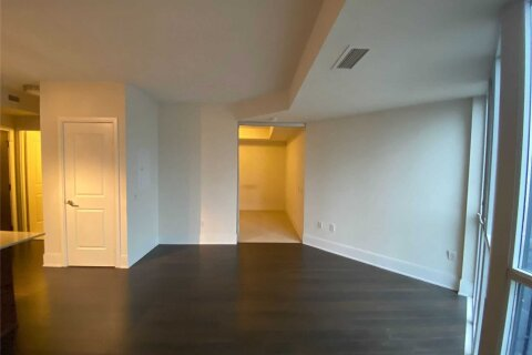 Apartment for rent at 560 Front St Unit 915 Toronto Ontario - MLS: C4998073