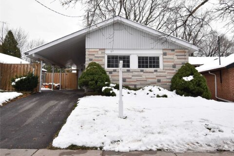 House for sale at 915 Brimorton Dr Toronto Ontario - MLS: E4998975