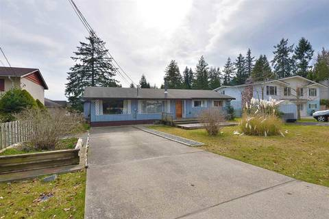 House for sale at 915 Davis Rd Gibsons British Columbia - MLS: R2445009