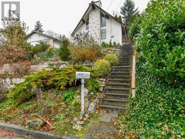 House for sale at 915 Hemlock St Campbell River British Columbia - MLS: 463703