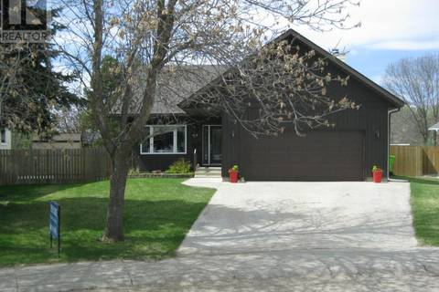 House for sale at 915 Marriot Cs Rosetown Saskatchewan - MLS: SK763005