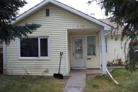 House for sale at 916 12  St S Lethbridge Alberta - MLS: A1050648