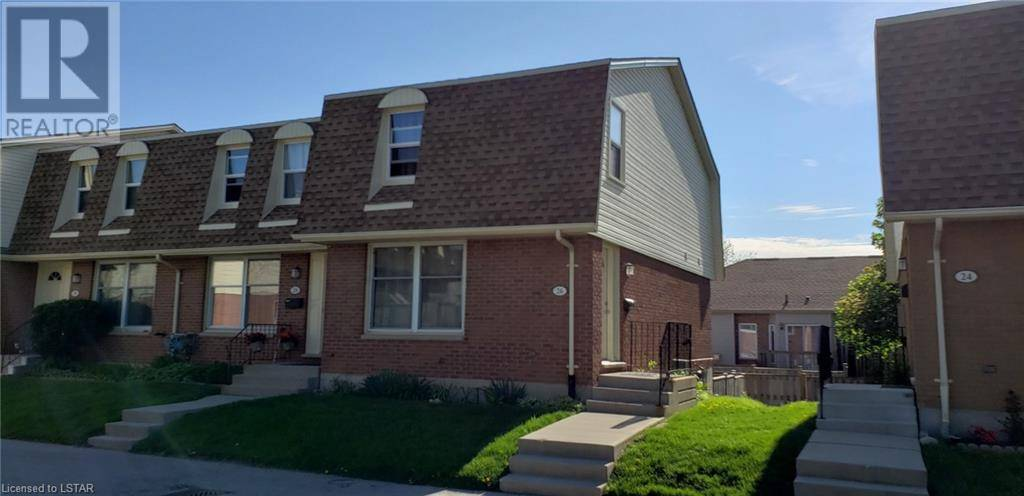 Home for sale at 26 Stroud Cres Unit 92 London Ontario - MLS: 214904