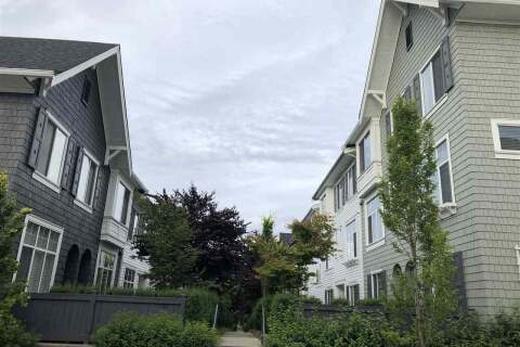 Townhouse for sale at 8130 136a St Unit 92 Surrey British Columbia - MLS: R2467330