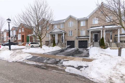 Townhouse for sale at 92 Banbrooke Cres Newmarket Ontario - MLS: N4698382