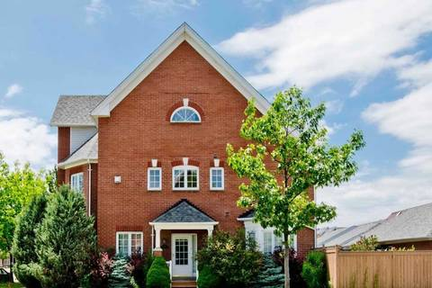 Townhouse for sale at 92 Bassett Ave Richmond Hill Ontario - MLS: N4507468