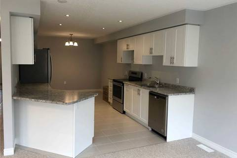 Townhouse for rent at 92 Cittadella Blvd Hamilton Ontario - MLS: X4686389