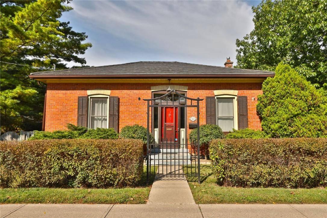 House for sale at 92 Creighton Rd Dundas Ontario - MLS: H4067852