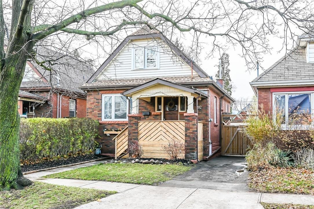 House for sale at 92 Graham Ave S Hamilton Ontario - MLS: H4093713
