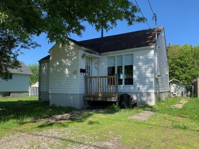 House for sale at 92 Kenogami Ave Thunder Bay Ontario - MLS: TB191176