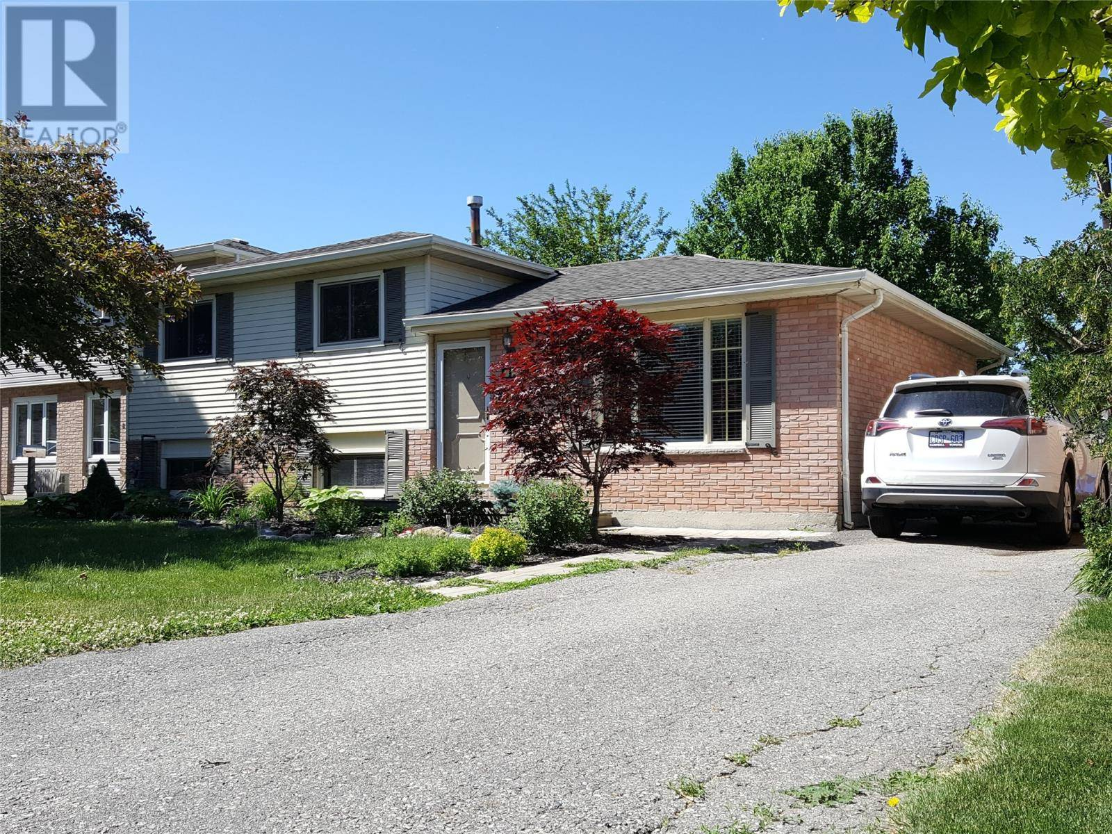 House for sale at 92 Randolf Cres Chatham Ontario - MLS: 19021873