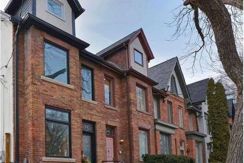 Townhouse for sale at 92 Sumach St Toronto Ontario - MLS: C4701617