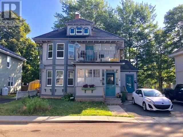 Townhouse for sale at 92 Upper Hillsborough St Charlottetown Prince Edward Island - MLS: 202000736