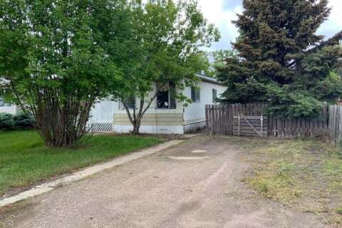 Residential property for sale at 920 1 Ave N Vauxhall Alberta - MLS: A1004155