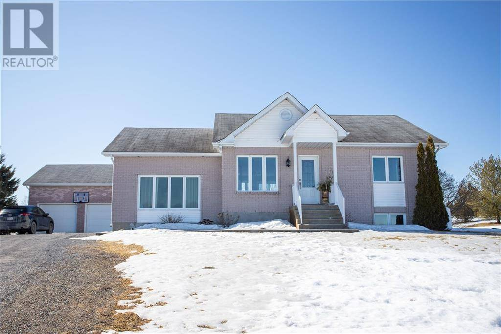 House for sale at 920 Happy Hollow St Vankleek Hill Ontario - MLS: 1187667