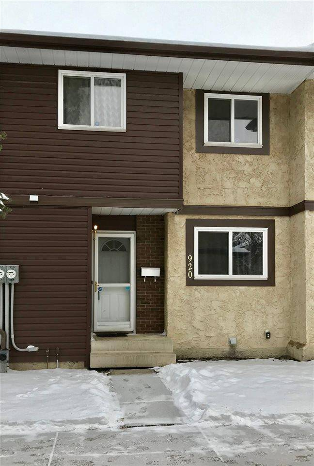 Townhouse for sale at 920 Lakewood Rd Nw Edmonton Alberta - MLS: E4179664