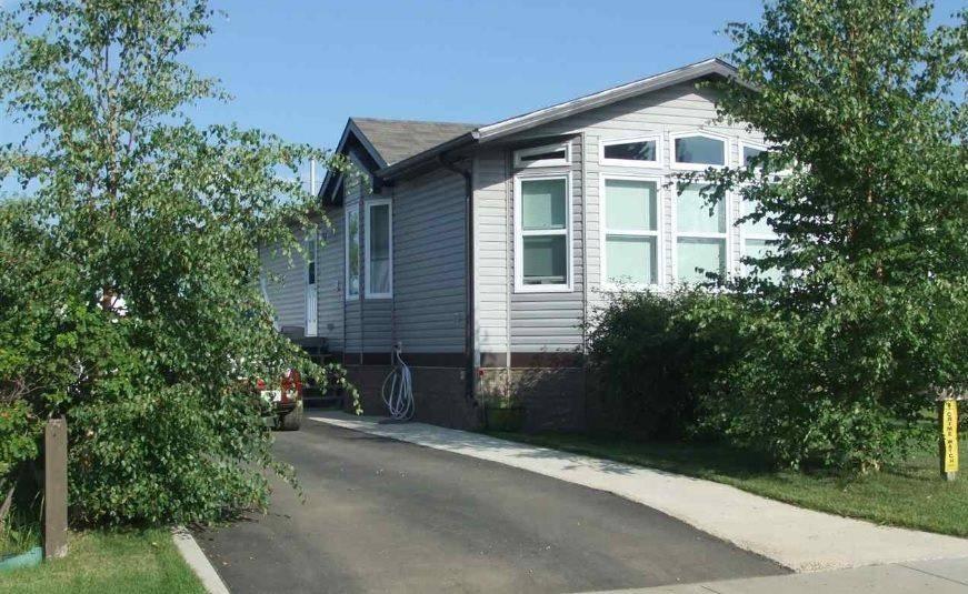 Home for sale at 921 1st St Thorhild Alberta - MLS: E4194780