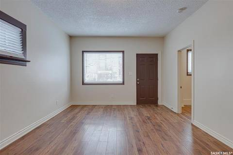 921 7th Avenue N, Saskatoon | Image 2