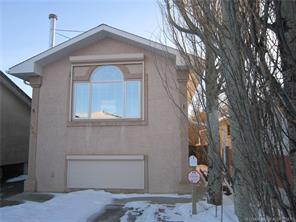 For Sale: 921 8 Street, Lethbridge, AB   4 Bed, 3 Bath Home for $339,000. See 23 photos!
