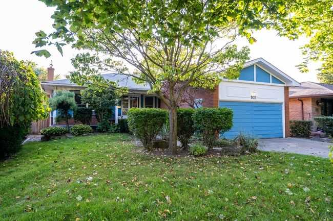 Inactive: 921 Fletcher Valley Crescent, Mississauga, ON