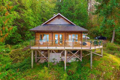 House for sale at 921 Forecastle Wy Bowen Island British Columbia - MLS: R2412024