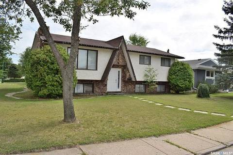 House for sale at 921 Sanderson Cres Prince Albert Saskatchewan - MLS: SK781264