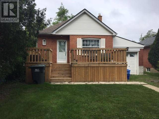 House for sale at 921 Thompson  Windsor Ontario - MLS: 19020105