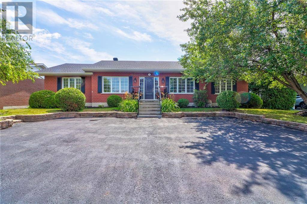 House for sale at 921 Victoria St L'orignal Ontario - MLS: 1165252