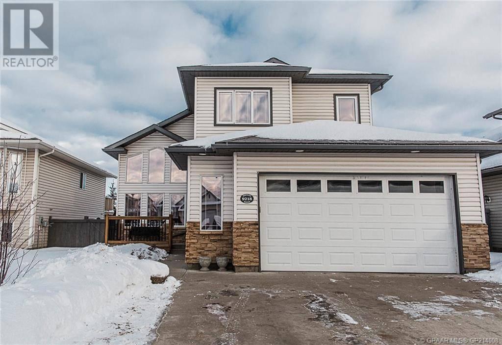 House for sale at 9218 129 Ave Grande Prairie Alberta - MLS: GP214008
