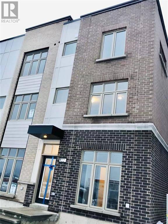 Townhouse for rent at 922 Tennisco St Ottawa Ontario - MLS: 1181460