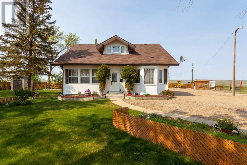 Home for sale at 9222 Township Rd Suffield Alberta - MLS: mh0168551