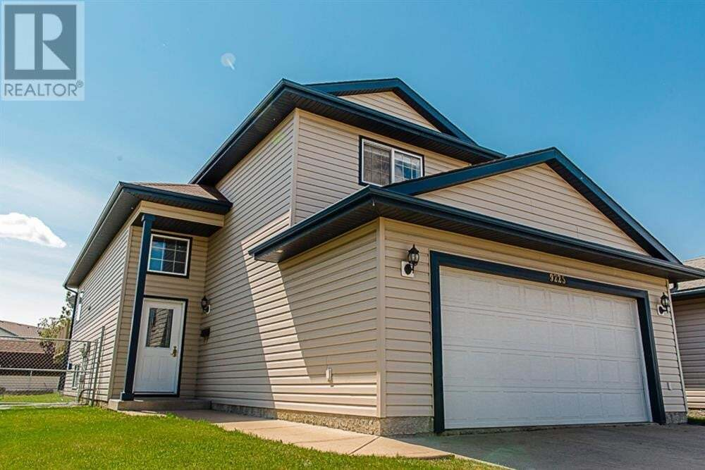 House for sale at 9225 115 Ave Grande Prairie Alberta - MLS: A1001946