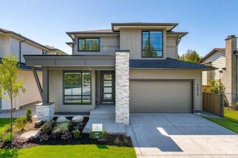 House for sale at 923 Mcnally Creek Dr Surrey British Columbia - MLS: R2460423