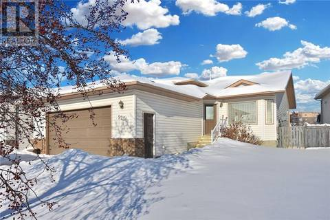 House for sale at 9230 129 Ave Grande Prairie Alberta - MLS: GP204573
