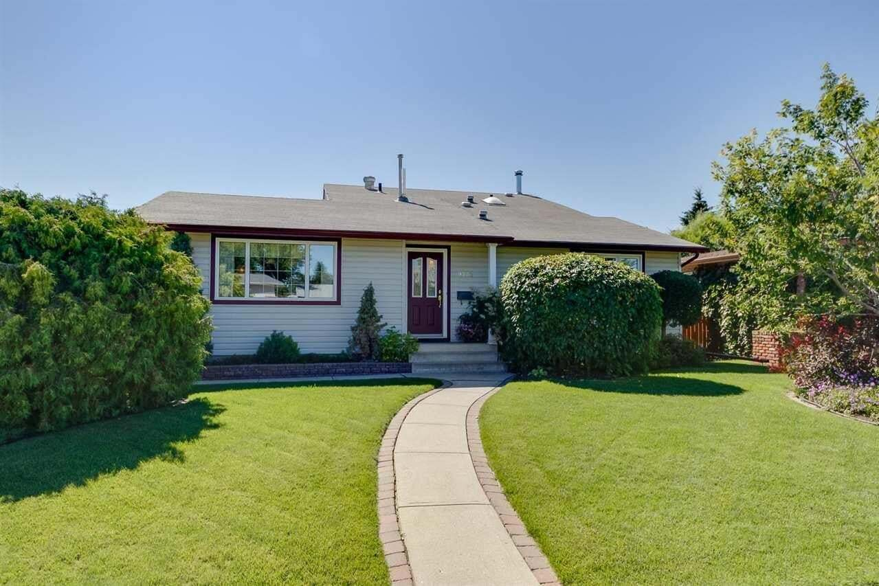 House for sale at 9232 68 St NW Edmonton Alberta - MLS: E4208100