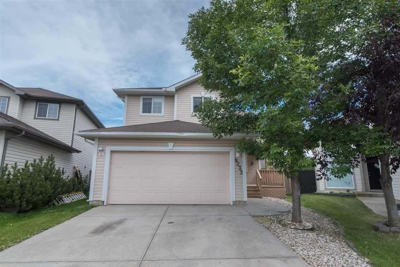 House for sale at 9233 164 Av NW Edmonton Alberta - MLS: E4210271