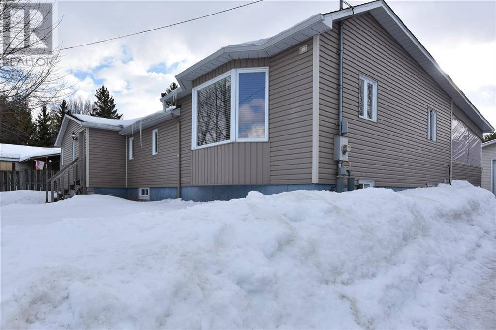 House for sale at 924 Cameron St Ottawa Ontario - MLS: 1184935