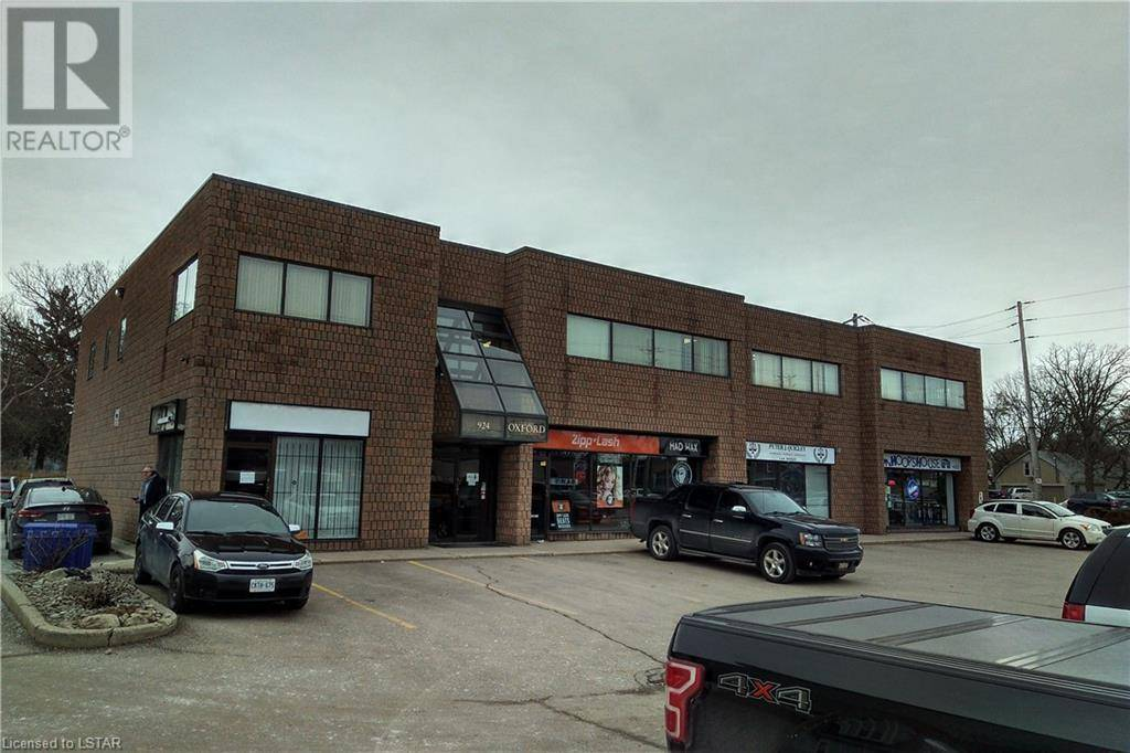 Commercial property for lease at 924 Oxford St East London Ontario - MLS: 244098
