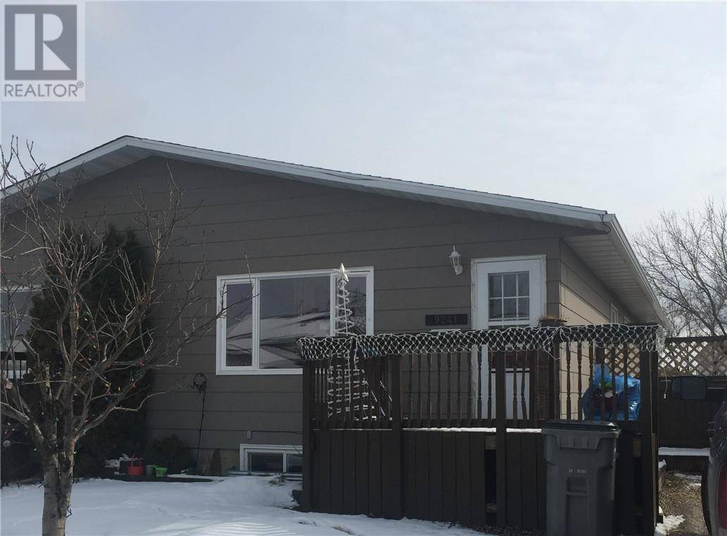 House for sale at 9241 95 Ave Grande Prairie Alberta - MLS: GP204863