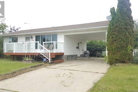 House for sale at 9242 104 Ave Grande Prairie Alberta - MLS: GP207699