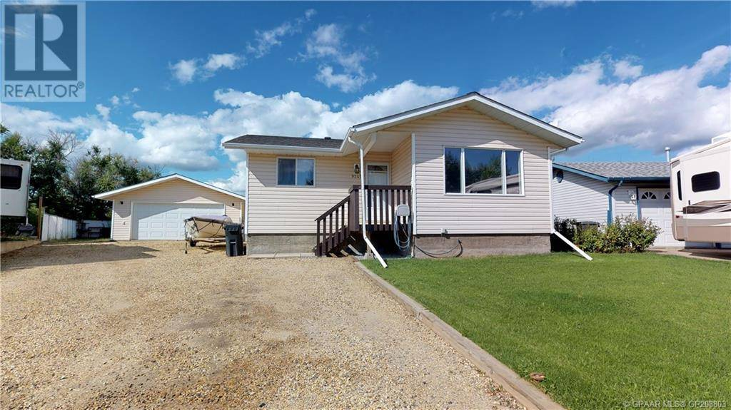 House for sale at 9247 101 Ave Sexsmith Alberta - MLS: GP208803
