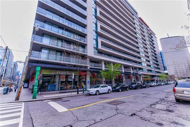 Removed: 925 - 111 Elizabeth Street, Toronto, ON - Removed on 2017-08-18 05:50:50